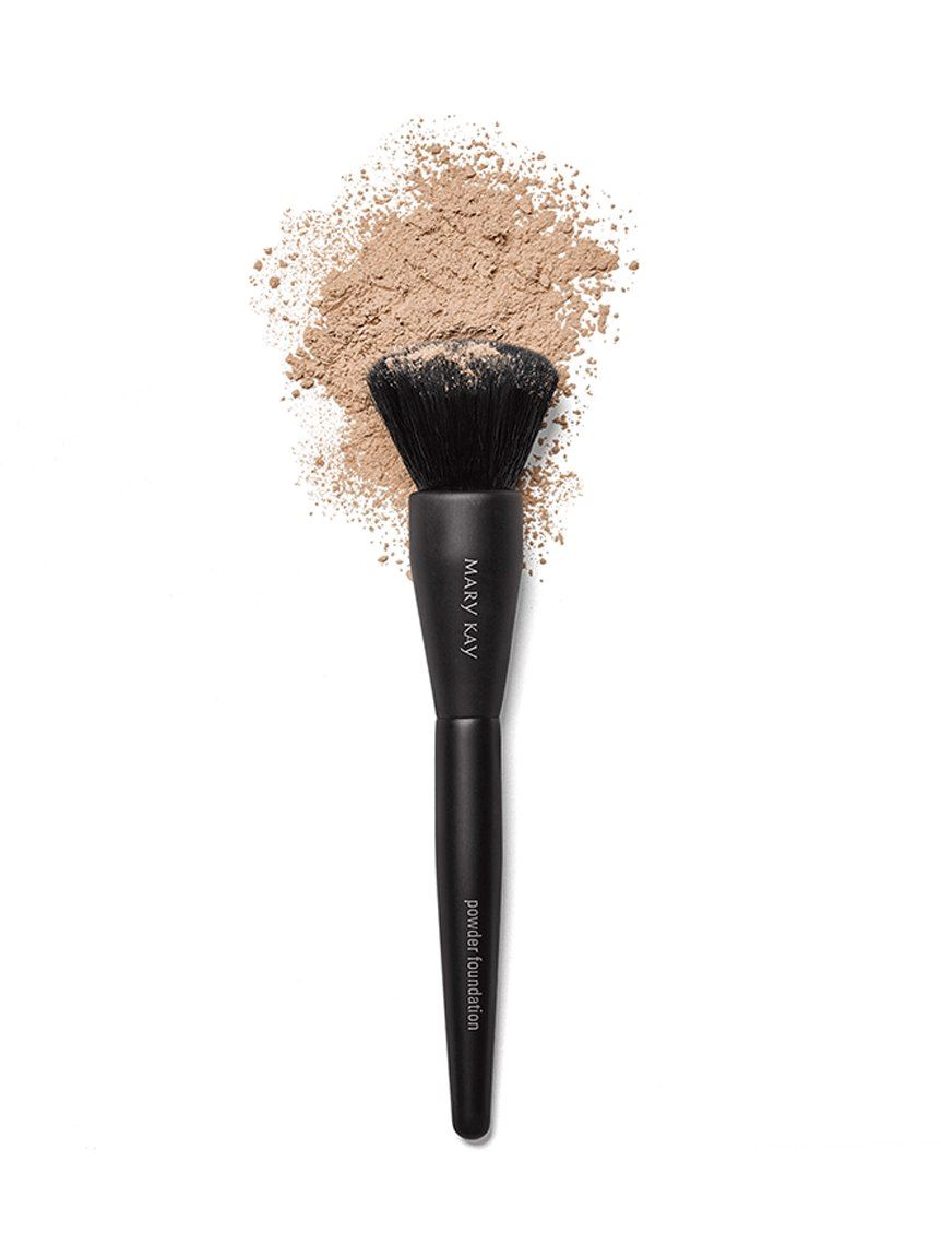 Flawless coverage comes from the right the applicator. Enjoy smooth-looking skin by using the best foundation brushes for blending either powder or liquid.